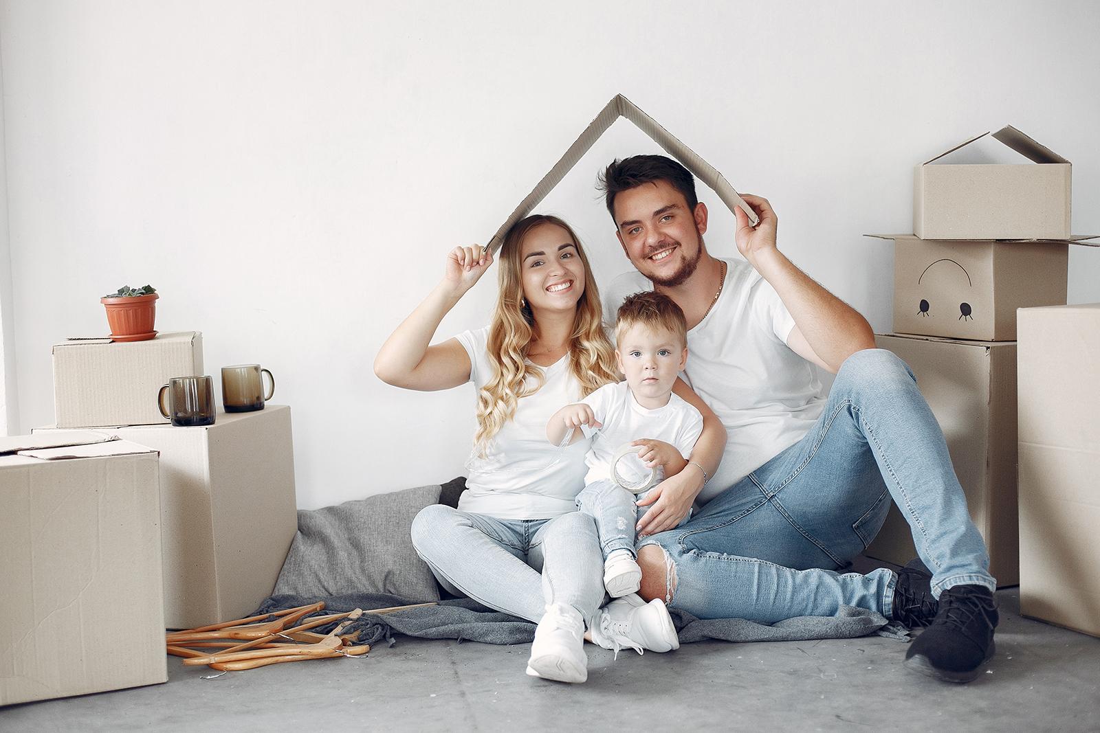 Familie mit Baufinanzierung